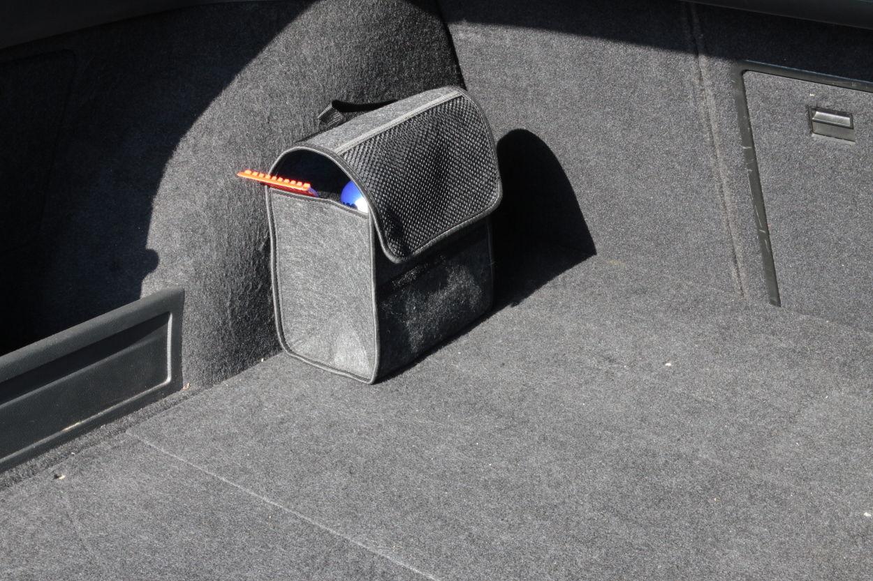 auto teppich veranstalter speicher ordentlich kofferraum. Black Bedroom Furniture Sets. Home Design Ideas